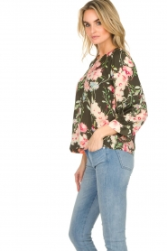 Essentiel Antwerp |  Floral top Saadiq | green  | Picture 5