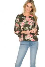 Essentiel Antwerp |  Floral top Saadiq | green  | Picture 2
