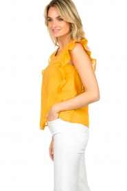 Louizon |  Top with embroidered details Joigne | yellow  | Picture 4