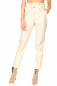 Aaiko |  Faux leather pants Pamalla | natural  | Picture 4