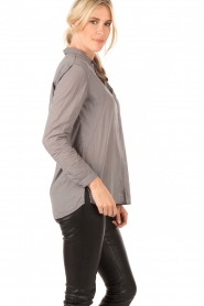 Ruby Tuesday | Blouse Suze | grijs  | Afbeelding 4