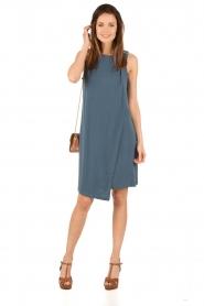 By Malene Birger | Asymmetrische jurk Junni | blauw  | Afbeelding 3