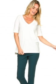 D-ETOILES CASIOPE |  Travelwear v-neck top Vertigo | white  | Picture 4