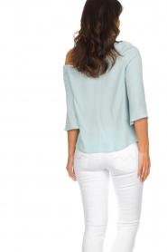 Patrizia Pepe | Off-shoulder top Serena | blauw  | Afbeelding 6