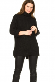 Be Pure |  Oversized turtleneck sweater Lola | black  | Picture 4