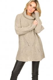 Be Pure |  Oversized turtleneck sweater Lola | beige  | Picture 2