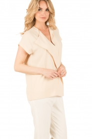By Malene Birger | Asymmetrische top Tobson | naturel  | Afbeelding 3