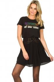 Louizon |  Skirt with gold seams Ella | black  | Picture 4