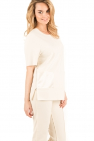 By Malene Birger | Top Hejdis | crème wit  | Afbeelding 4