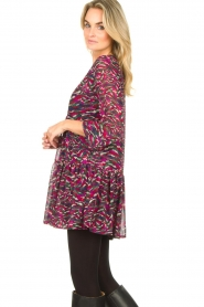 Louizon |  Printed dress Xenia | pink  | Picture 5