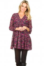 Louizon |  Printed dress Xenia | pink  | Picture 2