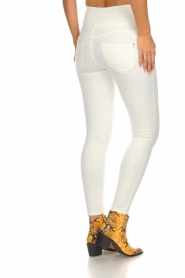 Patrizia Pepe | High waist jeans Norelle | wit  | Afbeelding 5