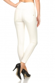 Patrizia Pepe |  High waist jeans Norelle | white  | Picture 5