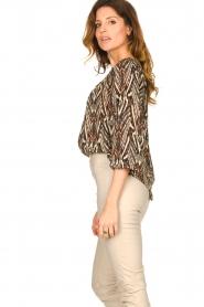 Louizon |  Printed blouse Joel | beige  | Picture 5