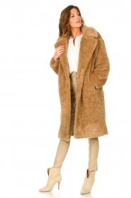 JC Sophie |  Faux fur coat Judy | camel  | Picture 3