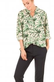 My Sunday Morning | Zijden blouse Nora | groen  | Afbeelding 2