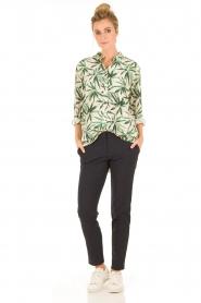 My Sunday Morning | Zijden blouse Nora | groen  | Afbeelding 3
