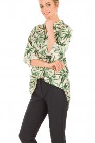 My Sunday Morning | Zijden blouse Nora | groen  | Afbeelding 4