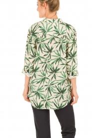 My Sunday Morning | Zijden blouse Nora | groen  | Afbeelding 5