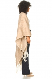 JC Sophie |  Knitted poncho Jaelle | camel  | Picture 6