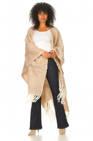 JC Sophie |  Knitted poncho Jaelle | camel  | Picture 5