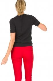 Zoe Karssen | 100% katoenen T-shirt Acadamy | zwart  | Afbeelding 5
