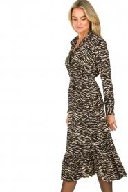Notes Du Nord |  Midi dress with zebra print Rosie | black  | Picture 5
