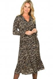Notes Du Nord |  Midi dress with zebra print Rosie | black  | Picture 4