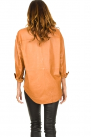 Ibana |  Leather blouse with bow tie Tracy | camel  | Picture 6