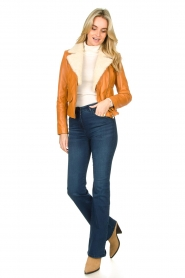 Ibana |  Leather biker jacket with teddy collar Bibi | camel  | Picture 3