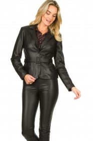 Ibana |  Belted leather blazer Jazlyn | black  | Picture 5
