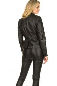 Ibana |  Belted leather blazer Jazlyn | black  | Picture 7
