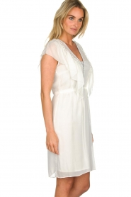 Atos Lombardini |  Dress with ruffles Angelina | white  | Picture 4