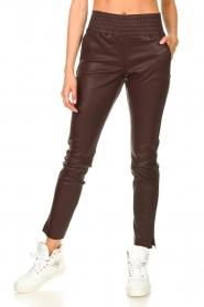 Ibana |  Stretch leather pants Colette | bordeaux  | Picture 4