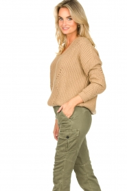 Set |  Knitted V-neck sweater Vinnie | camel  | Picture 5