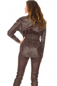 Ibana |  Leather blouse with smocked waist Tally | bordeaux  | Picture 6