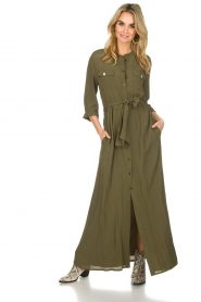 Atos Lombardini |  Maxi dress with shimmering buttons Mindi | green  | Picture 3