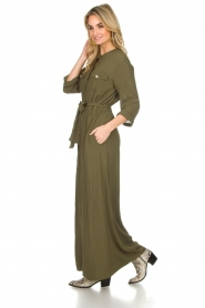 Atos Lombardini |  Maxi dress with shimmering buttons Mindi | green  | Picture 4