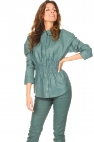 Ibana    Leather blouse with smocked waist Tally   green    Picture 4