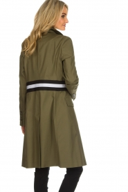 Atos Lombardini    Trench coat with striped detail Olivia   green    Picture 5