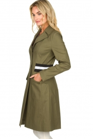 Atos Lombardini |  Trench coat with striped detail Olivia | green  | Picture 5