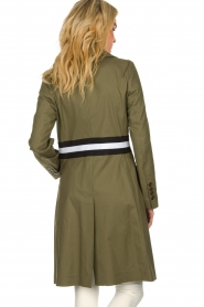 Atos Lombardini |  Trench coat with striped detail Olivia | green  | Picture 6
