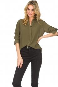 Atos Lombardini | Klassieke blouse Amelia | groen  | Afbeelding 5