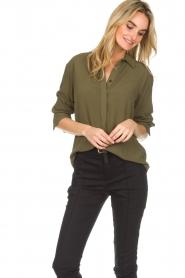 Atos Lombardini |  Classic blouse Amelia | green  | Picture 4