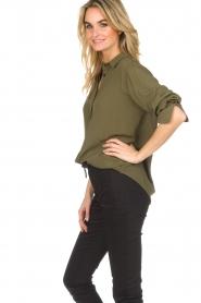 Atos Lombardini |  Classic blouse Amelia | green  | Picture 6