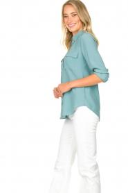 Set | Zijden blouse met zakken Jane | blauw  | Afbeelding 5