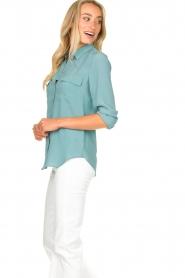 Set | Zijden blouse met zakken Jane | blauw  | Afbeelding 6