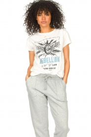 Set |  Basic T-shirt with imprint Lola | white  | Picture 2
