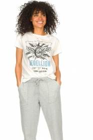 Set |  Basic T-shirt with imprint Lola | white  | Picture 4