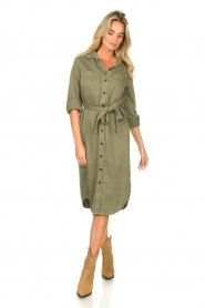 Set | Belted midi dress Bizzy | green  | Picture 3